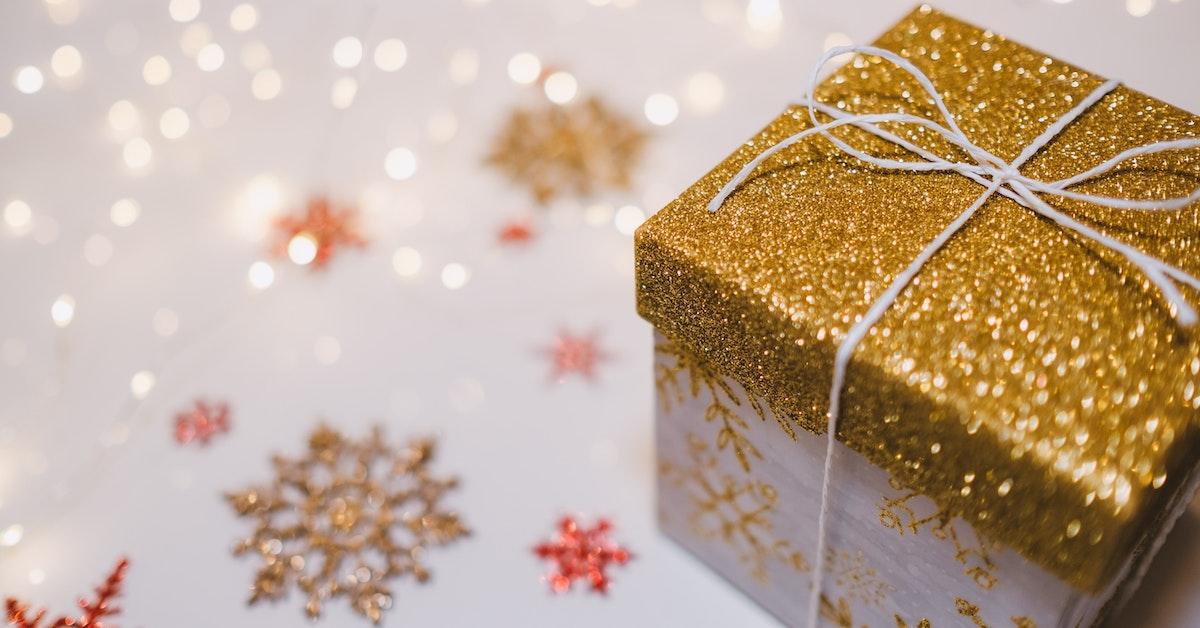 pacco regalo natalizio